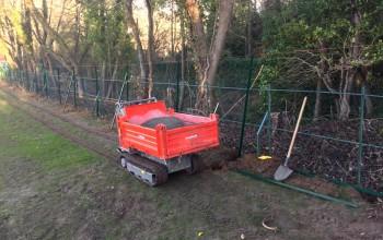 Pose d'une clôture en brande de bruyère