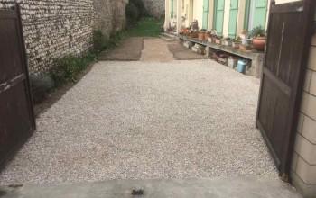 Réalisation d'un parking gravillonné à Bennecourt